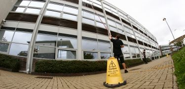 commercial window cleaning - Ryak cleaning company