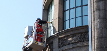 Window Cleaning Shopping Centre Belfast, Window Cleaning Shopping Centre Belfast